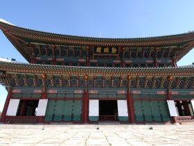 景福宮は宣祖が逃げた後に燃えてしまって、以後は1865年まで再建されなかった